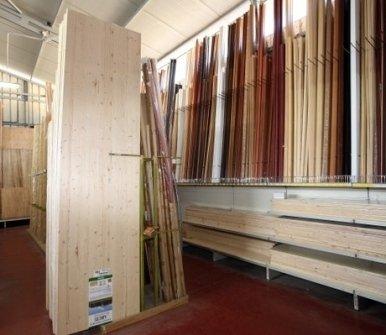 bricolage, taglio legno, legno su misura