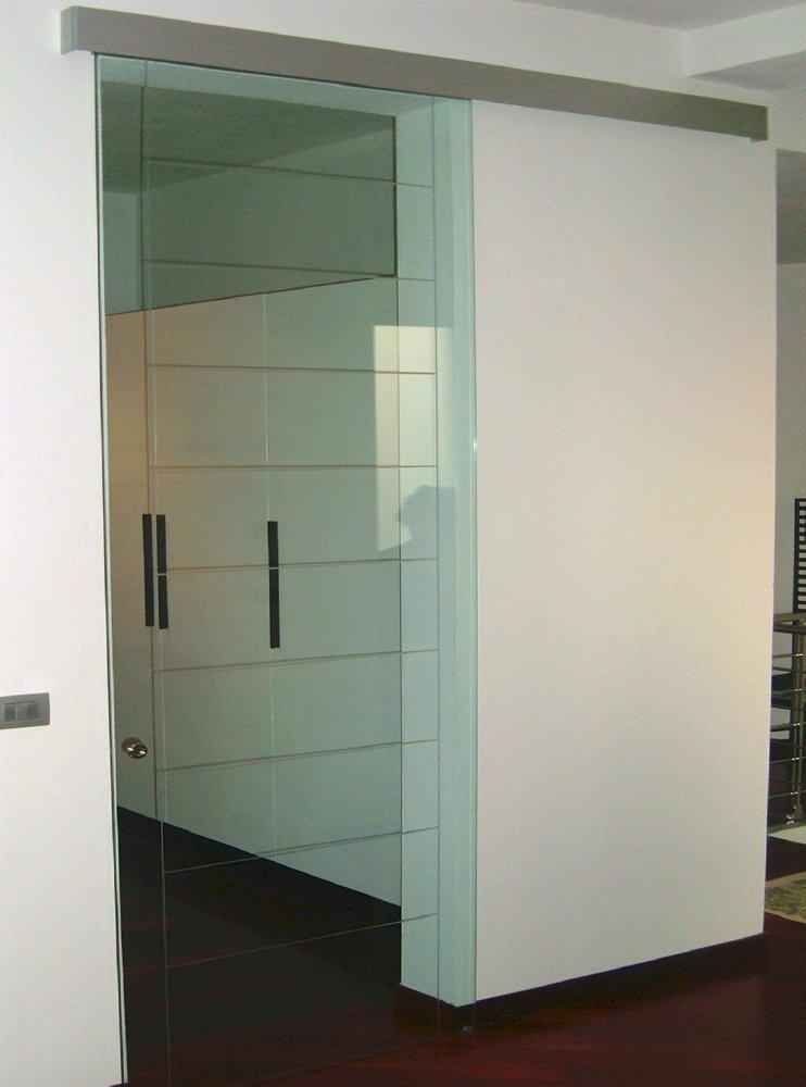 porta d'ingresso in vetro su misura