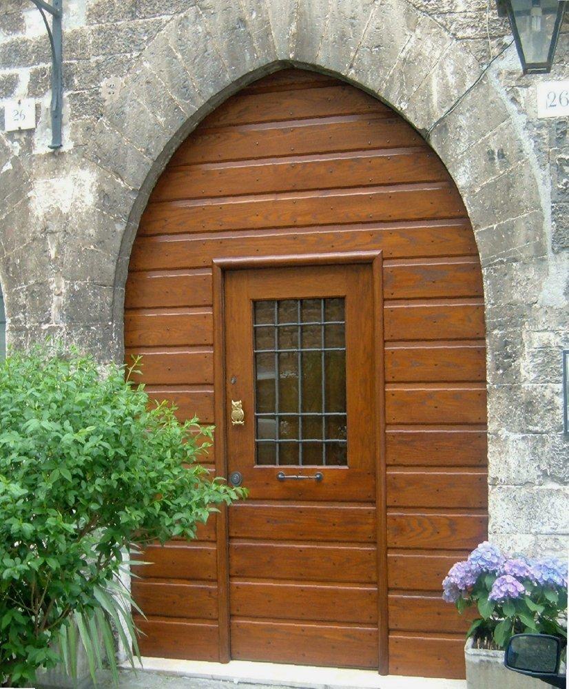 porta in legno massesso per abitazione in baita