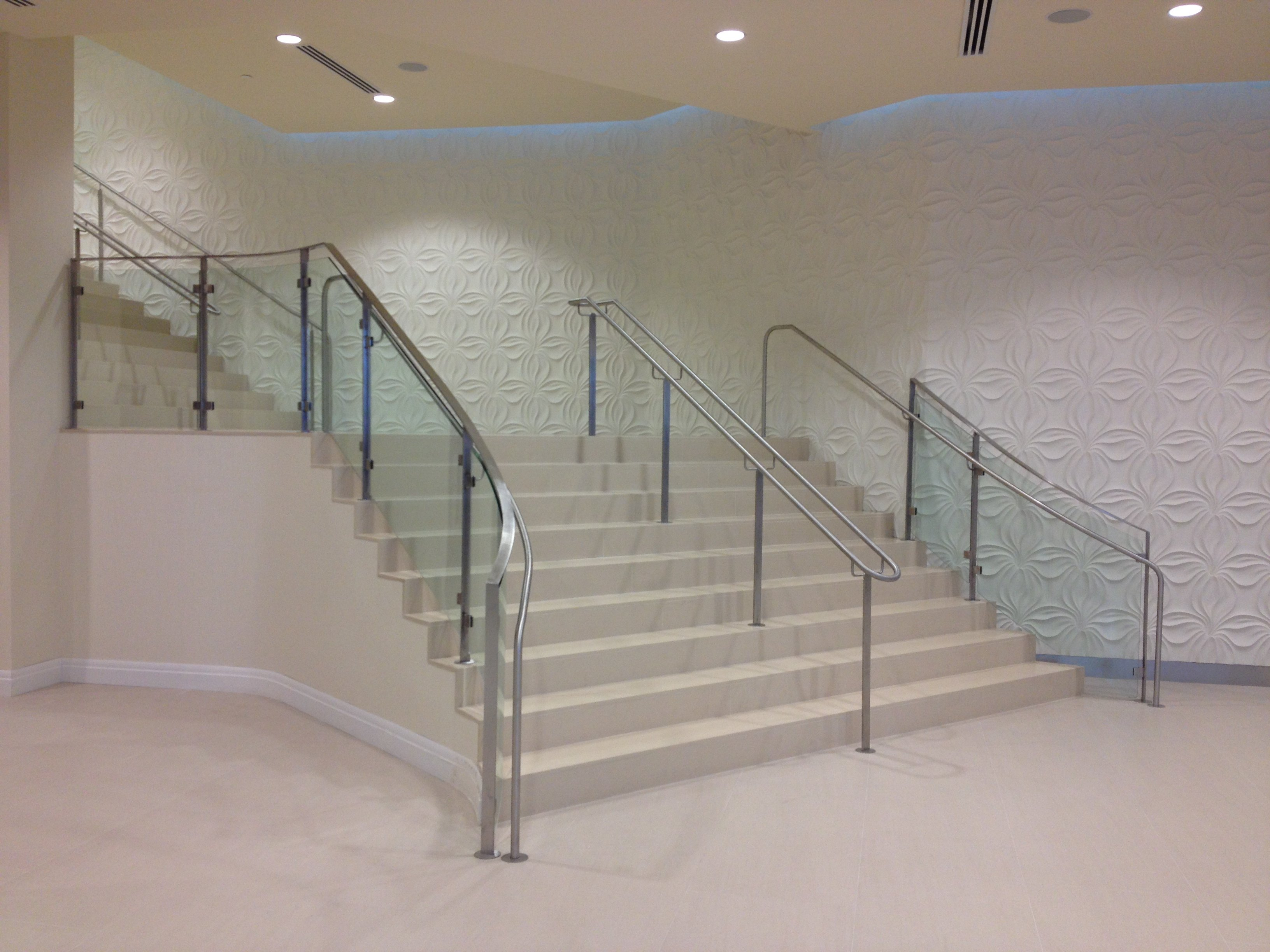 Curved Glass Staircase Handrail With Click Style Mounting