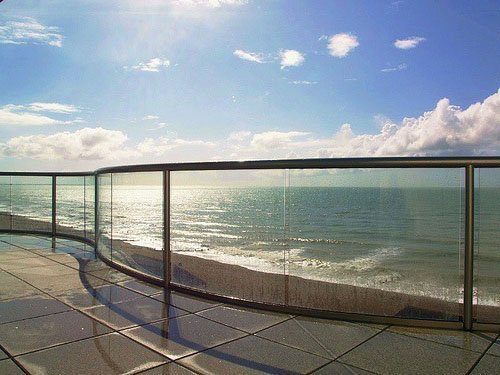 Curved Glass - Handrails