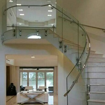 Curved Glass - Staircases