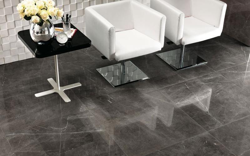 Pavimenti effetto marmo showroom