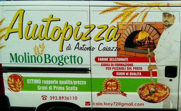 Il furgoncino personalizzato Aiutopizza