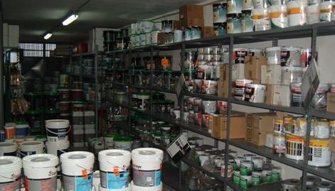 magazzino colorificio