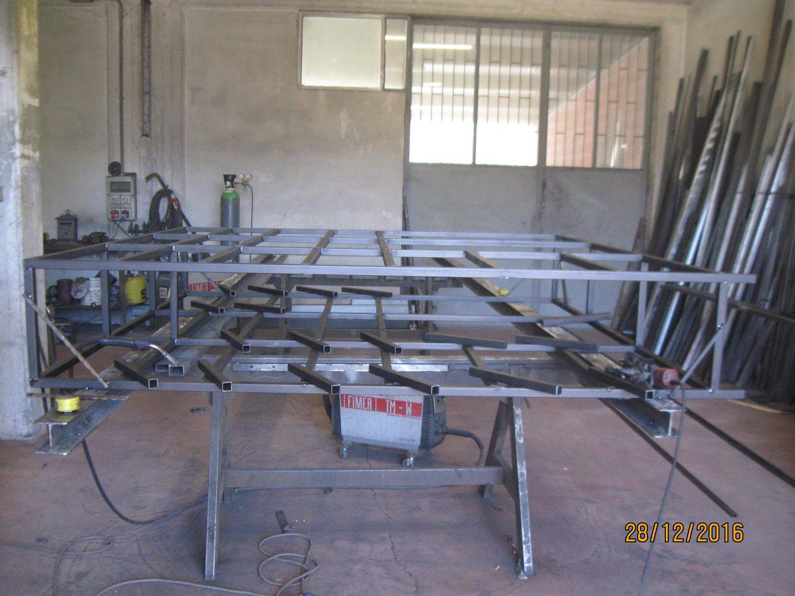 lavorazione di ferro battuto