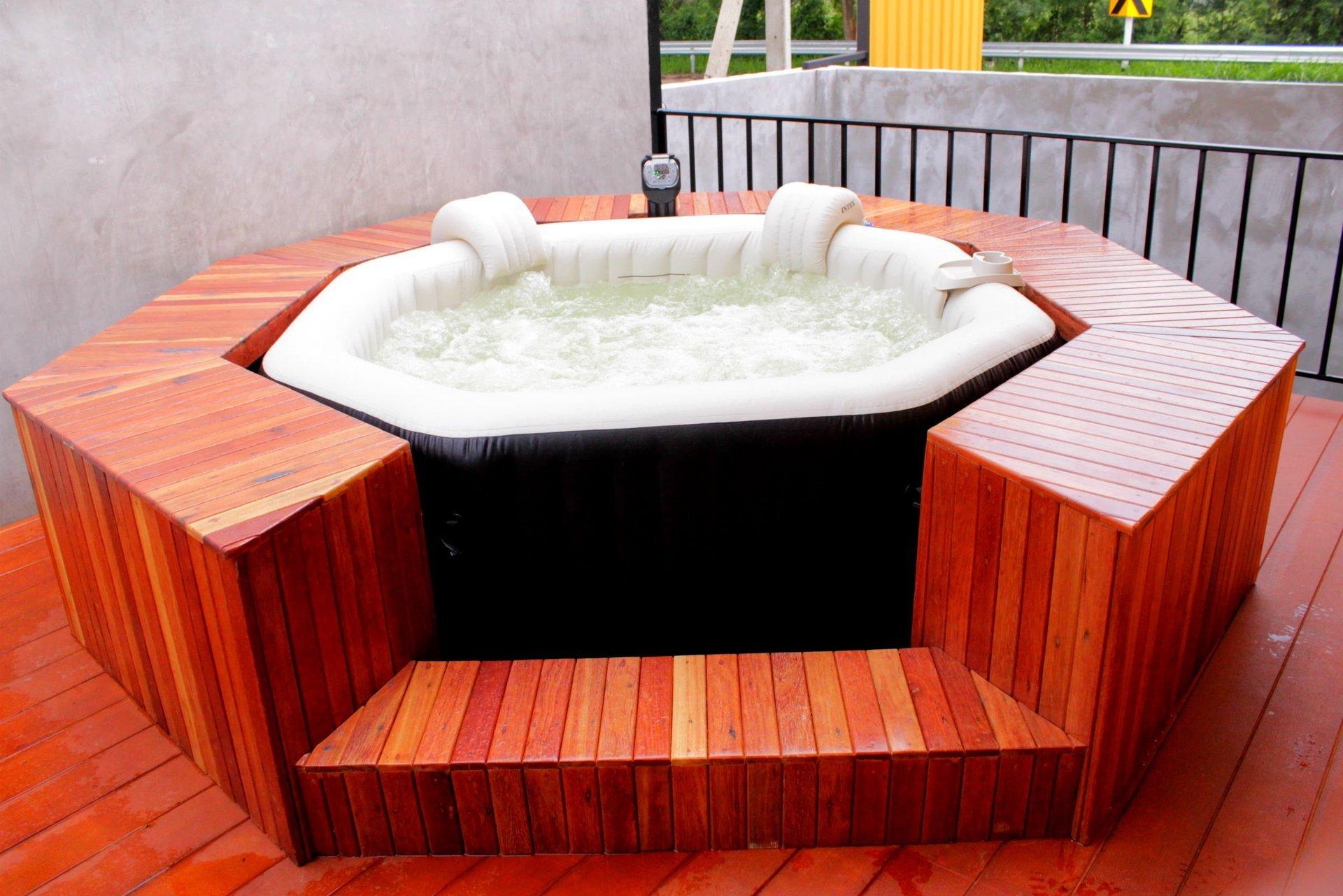 อ่างน้ำจากุซซี่  INTEX PURE SPA อ่างจากุซซี่น้ำวน อ่างน้ำร้อนวิลล่า รีสอร์ท สปา อ่างน้ำโรงแรม hot tub Portable