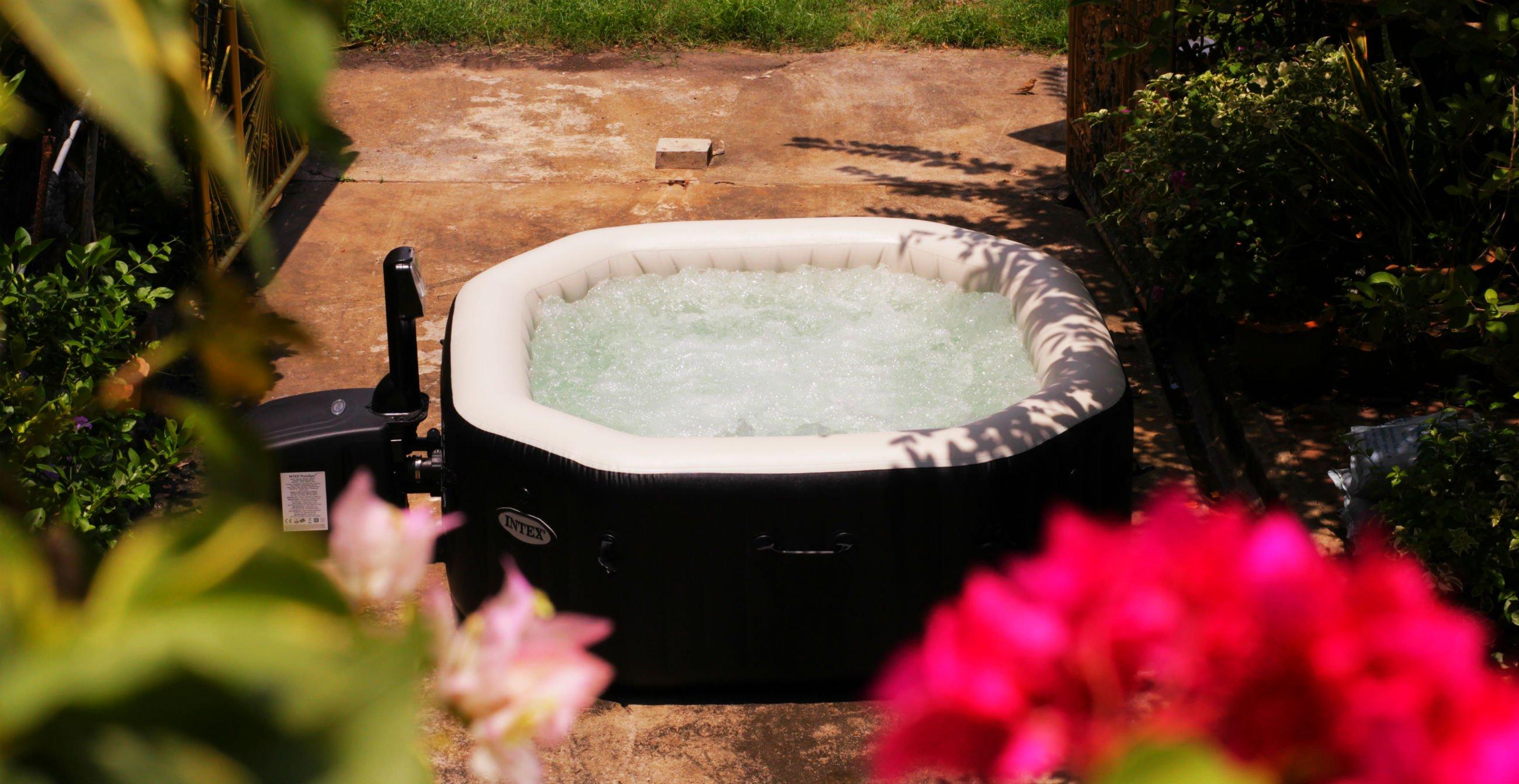 อ่างน้ำร้อน INTEX PURE SPA อ่างน้ำวน อ่างจากุซซี่ อ่างน้ำสปา ซาวน่า รีสอร์ท ในบ้าน นอกบ้าน เพื่อผู้สูงอายุ