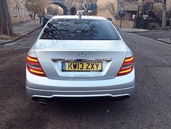 Mercedes-Benz C Class 2.1 4dr rear view