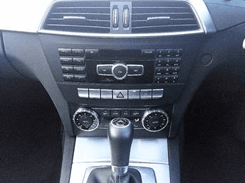 Mercedes-Benz C Class 2.1 4dr interior gear stick and radio view