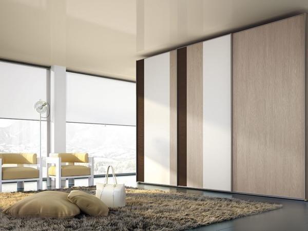 armadio tonalità legno