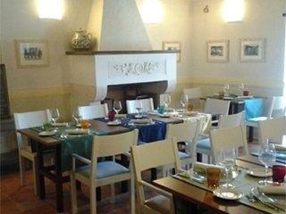 postignano castle restaurant