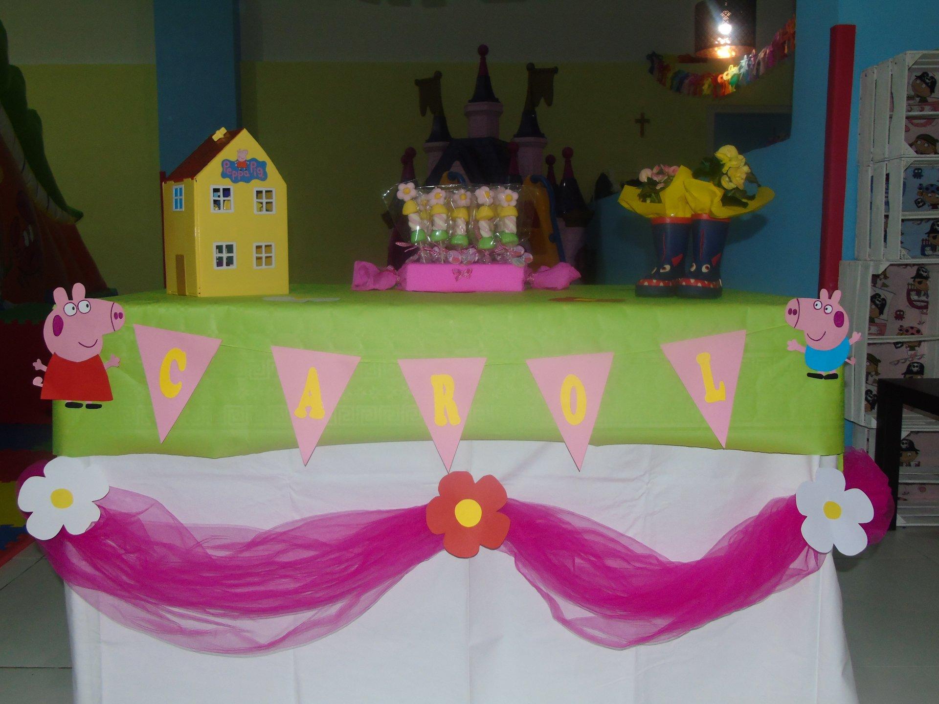 festa di compleanno con regali per CAROL