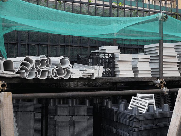 Elementi in plastica per impianti idraulici