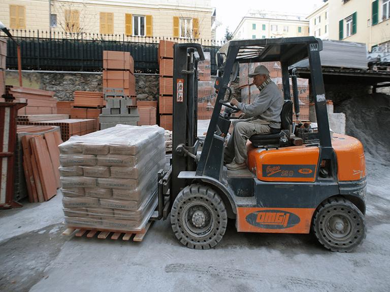 Fornitura di sacchi di cemento