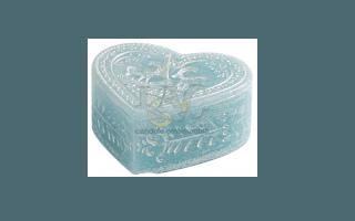 sky-blue heart candle