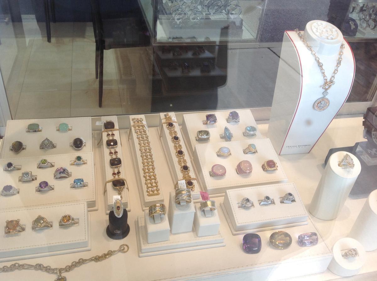 Custom Engagement Rings Woodbury, NY