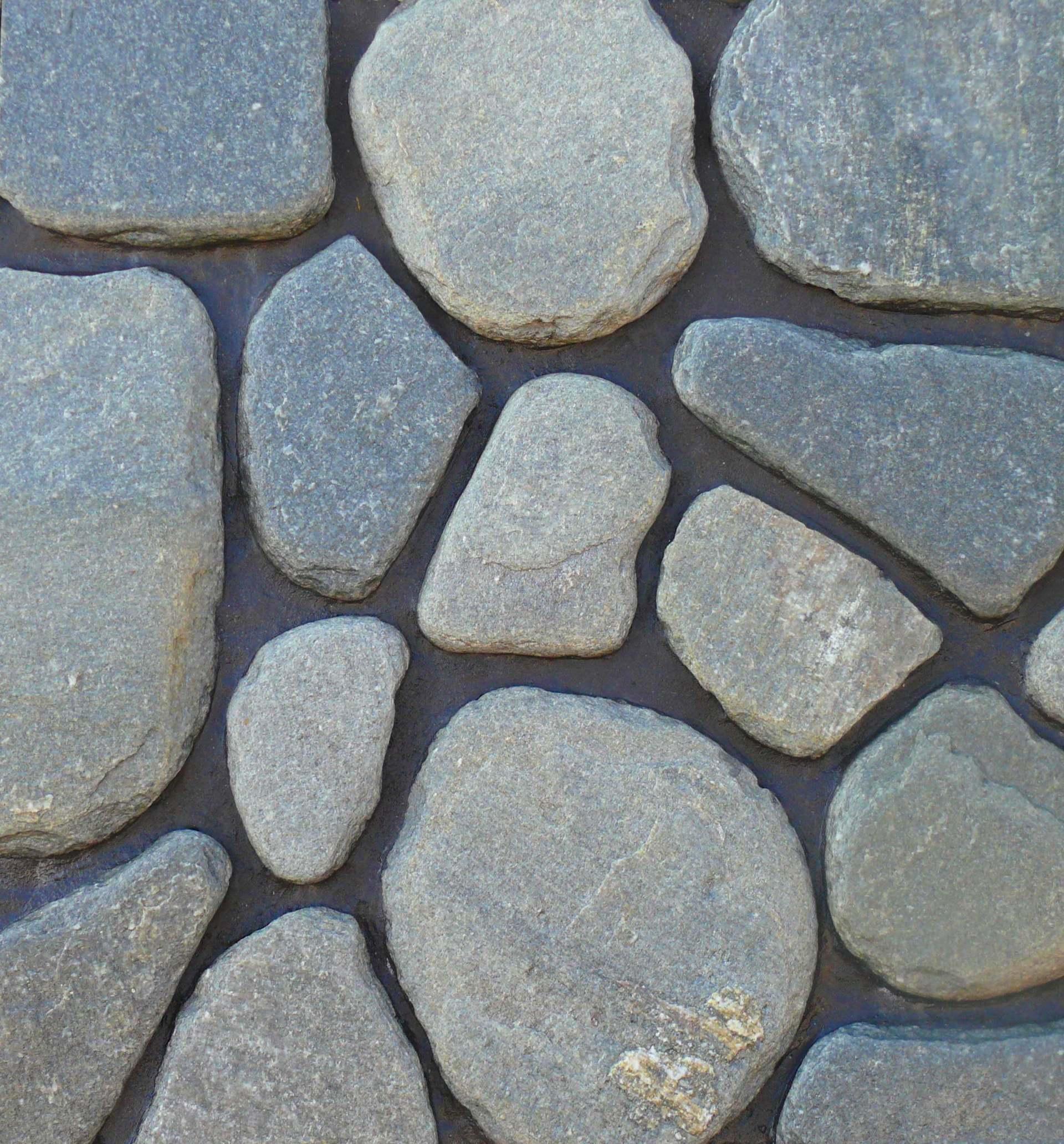 nierankowany kamień paleniska swatania