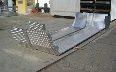 Particolari piegati acciaio