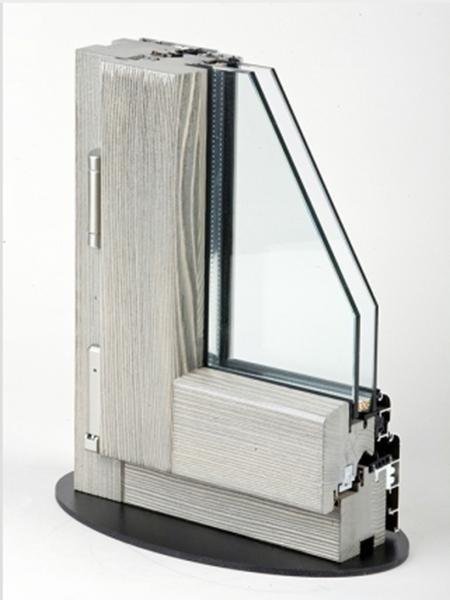 Fusion68 - Legno Abete Finitura Spazzolato Svenato Grigio profilo esterno Alluminio Tipo profilo Soft argento