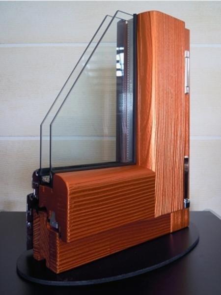 Fusion 68 - Legno Abete Finitura Metallizzato arancione Profilo esterno Alluminio Tipo profilo Soft sabbiato marrone