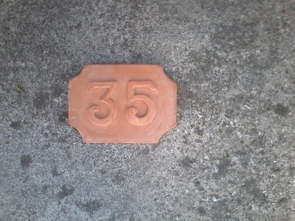Numeri civici in terracotta