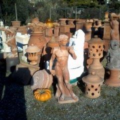 statue in terracotta