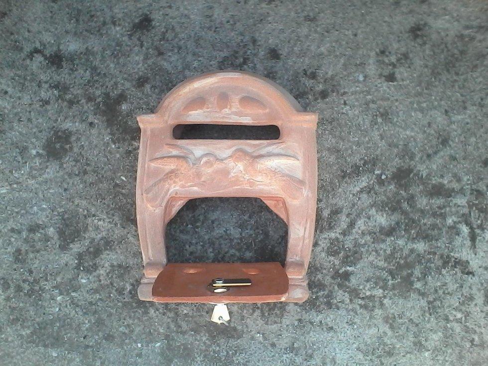 Cassette postali in terracotta