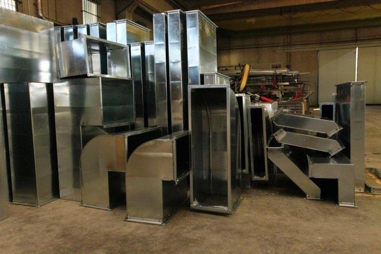 Entrepôt de stockage des métaux