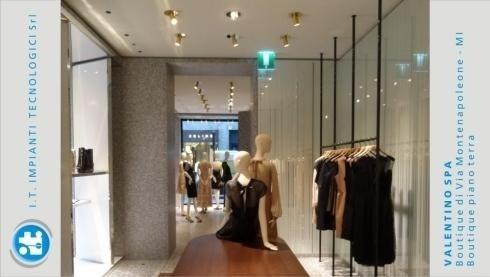 Valentino Spa – Boutique di Via Montenapoleone – MI – Interno Piano Terra