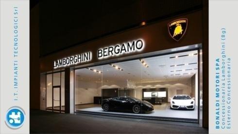 Bonaldo Motori spa – Concessionaria Lamborghini (Bg) – Esterno concessionaria