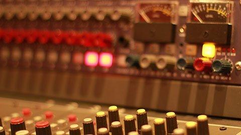 Estudio de grabación Orion. Neve, Euphonix, Universal Audio, UREI