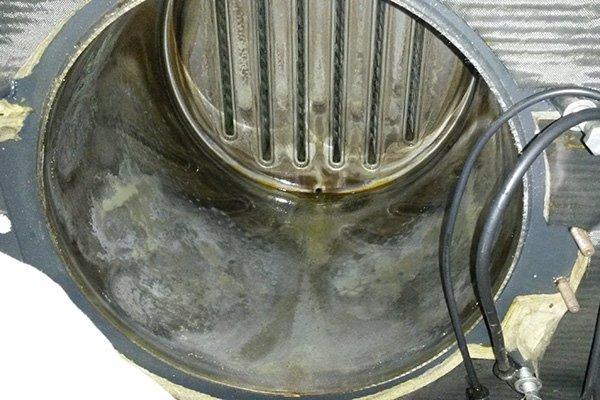 pulitura parti interne caldaia
