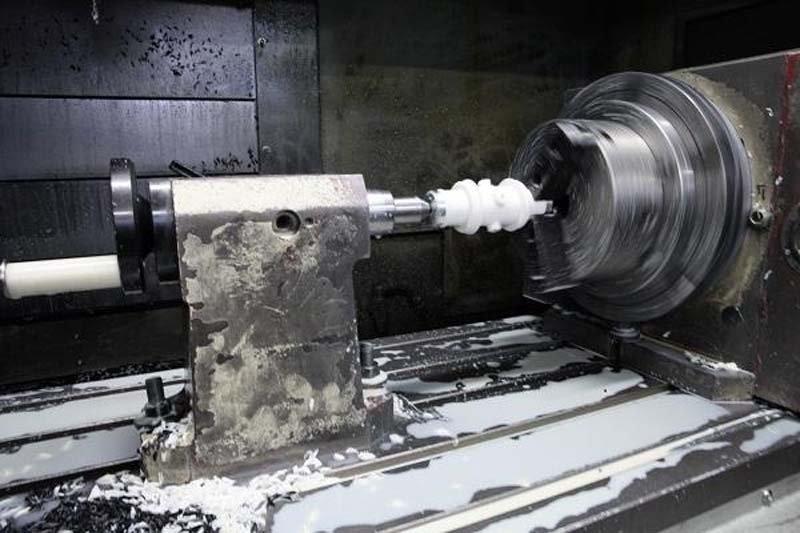 tornitura e fresalesatura meccanica officina