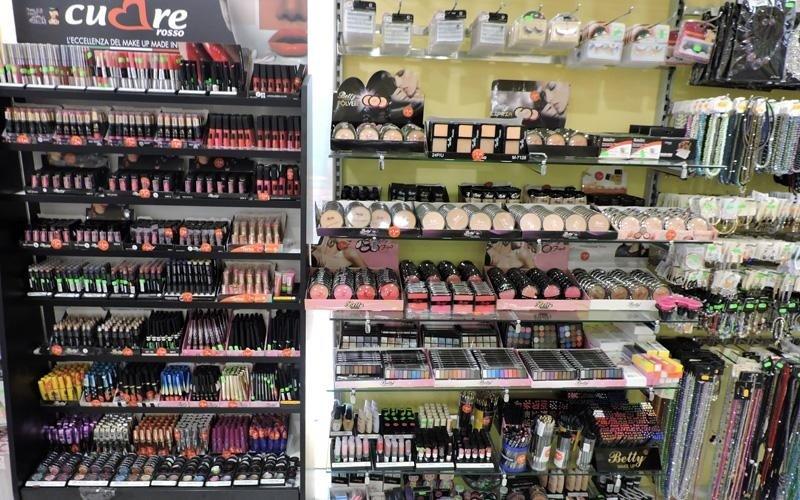 Ombretti e prodotti per make-up