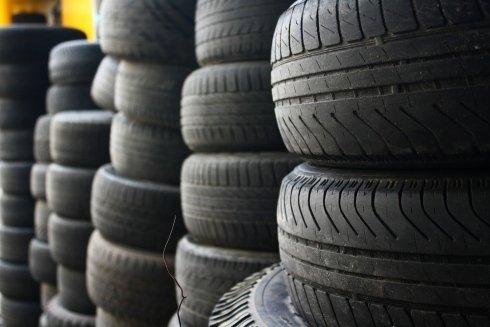 Fornitura pneumatici nuovi e usati