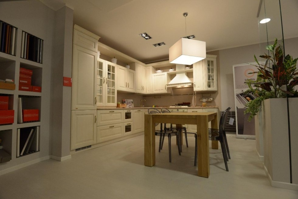Cucina in legno naturale
