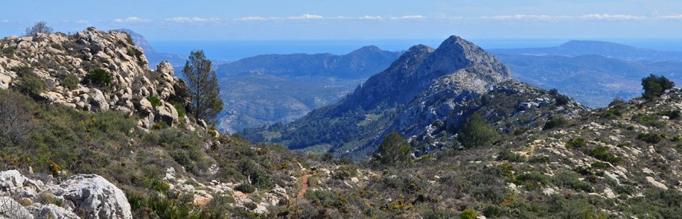 Caballo Verde Ridge looking east to the Balearic Islands