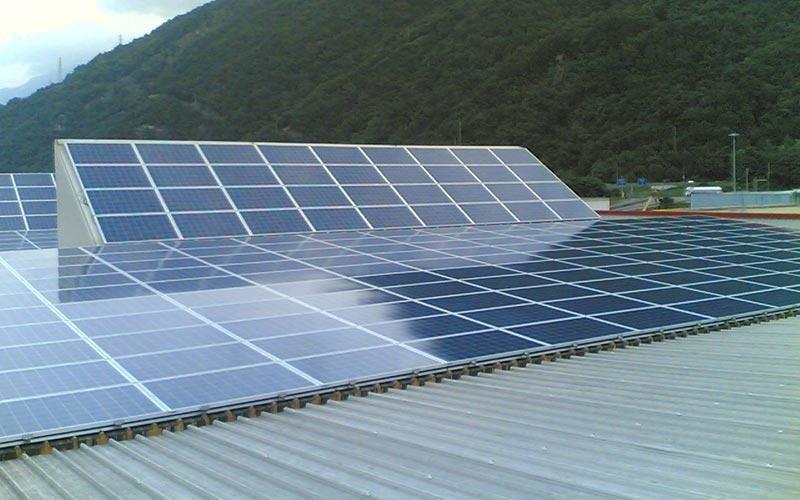 Impianti fotovoltaici su capannoni