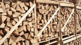 bancali di legna pretagliata
