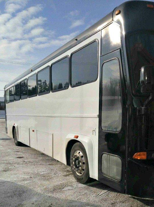 42-passenger-coach-limo-bus