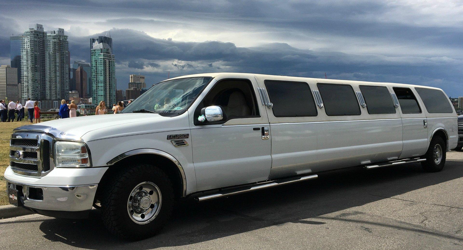 white-14-passenger-excursion-stretch-limousine