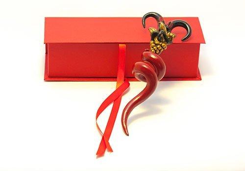 cornetto napoletano arricciato in formato regalo