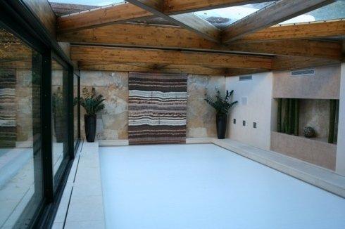 piscina chiuso, realizzazione piscine domestiche, impianti per piscine
