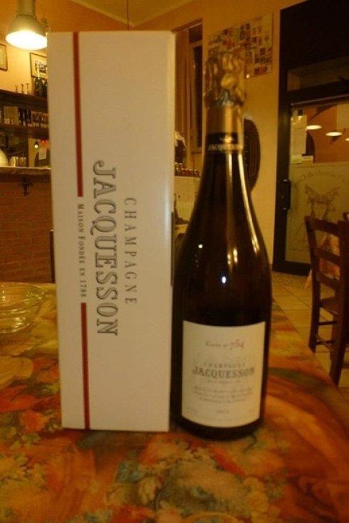 Bottiglia di champagne.