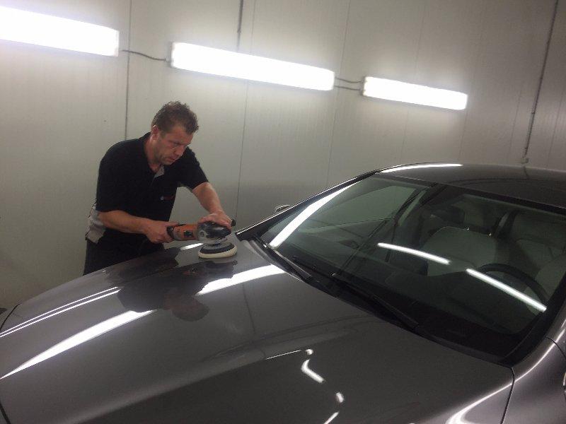 Auto Poetsen wassen reinigen Eindhoven