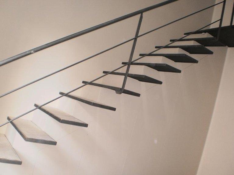 Scale in ferro