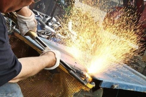 Recupero e lavorazione ferro vecchio