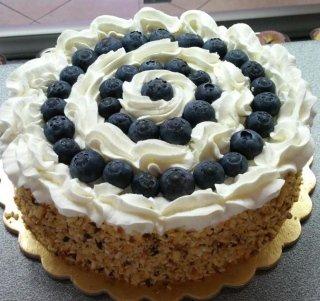 torta con mirtilli freschi
