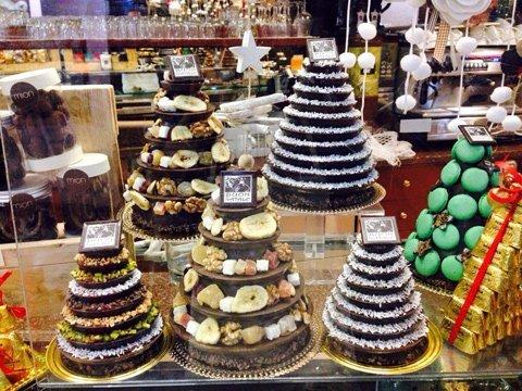 torte a forma di albero di Natale